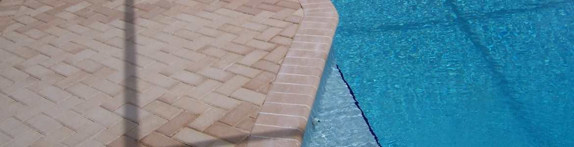 Brick Paving For Swimming Pools